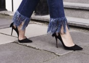 frayed_denim_jeans