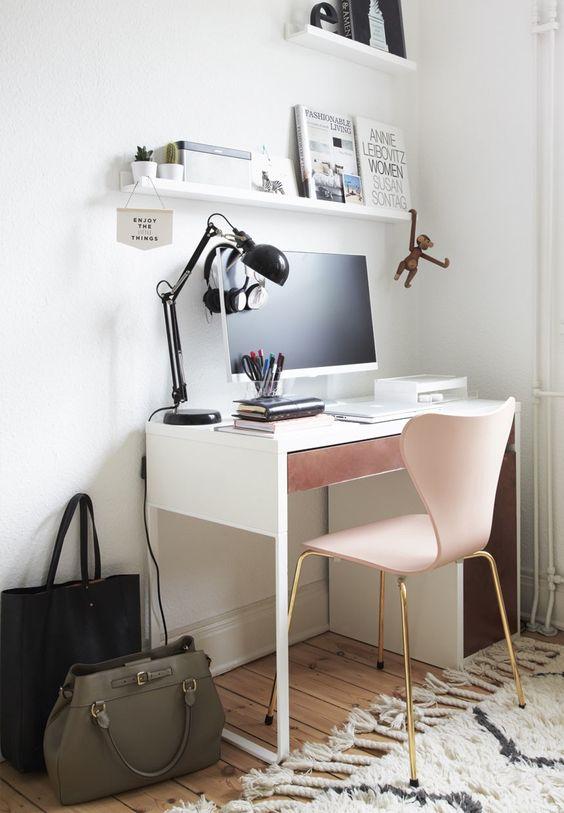 pink-work-station