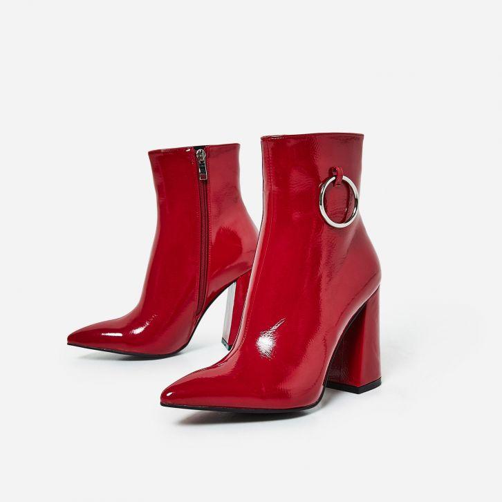 stivale-rosso-moda-donna