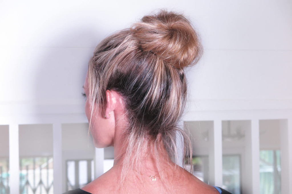 MESSY-BUN-HOW-TO